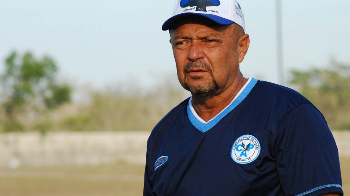 Técnico do Parnahyba, Adelmo Soares, pede 'pé no chão'