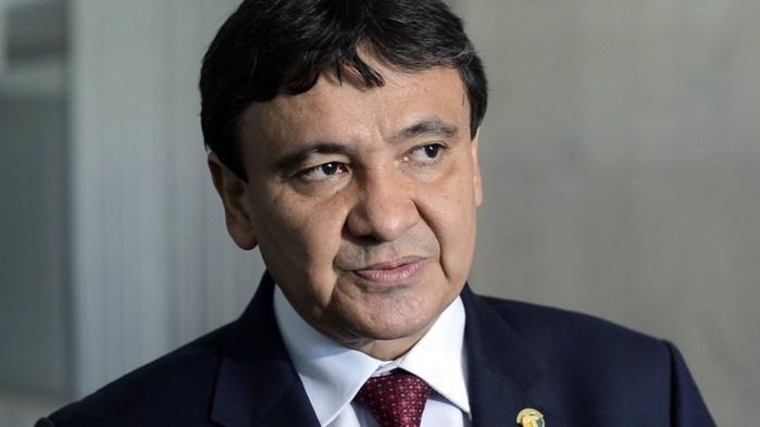 W. Dias anuncia que fará recadastramento para cortar gastos