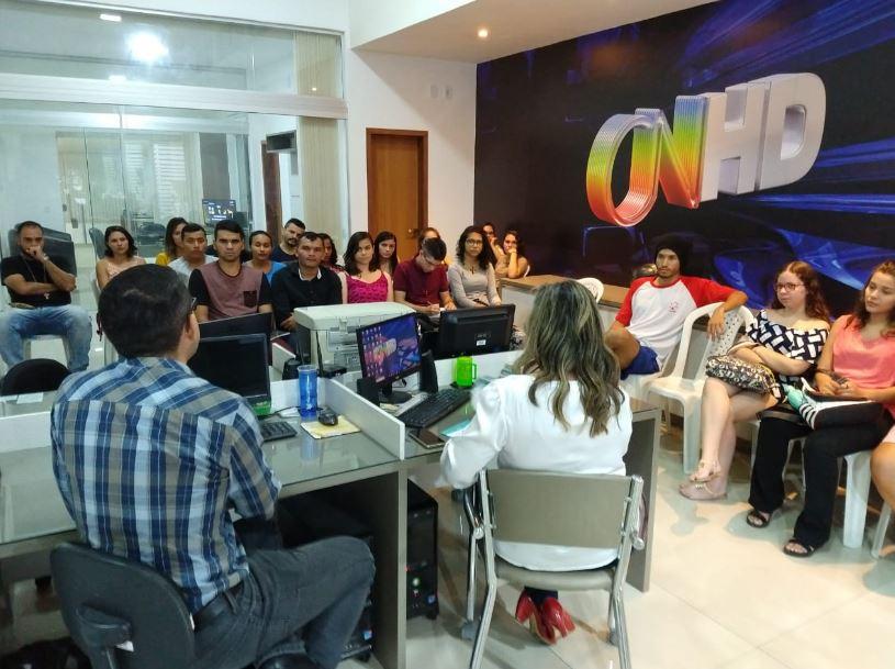 Estudantes da Uespi participam de oficina de jornalismo na TV Costa Norte